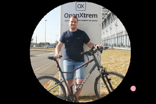 Wilfried utilisant le vélo en moyen de transport